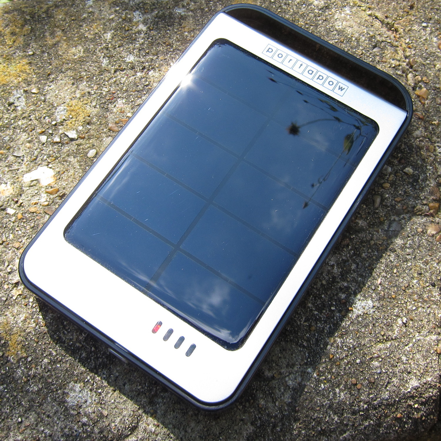 ... 6000mAh Solar USB battery pack with built in 1.2W Solar Panel